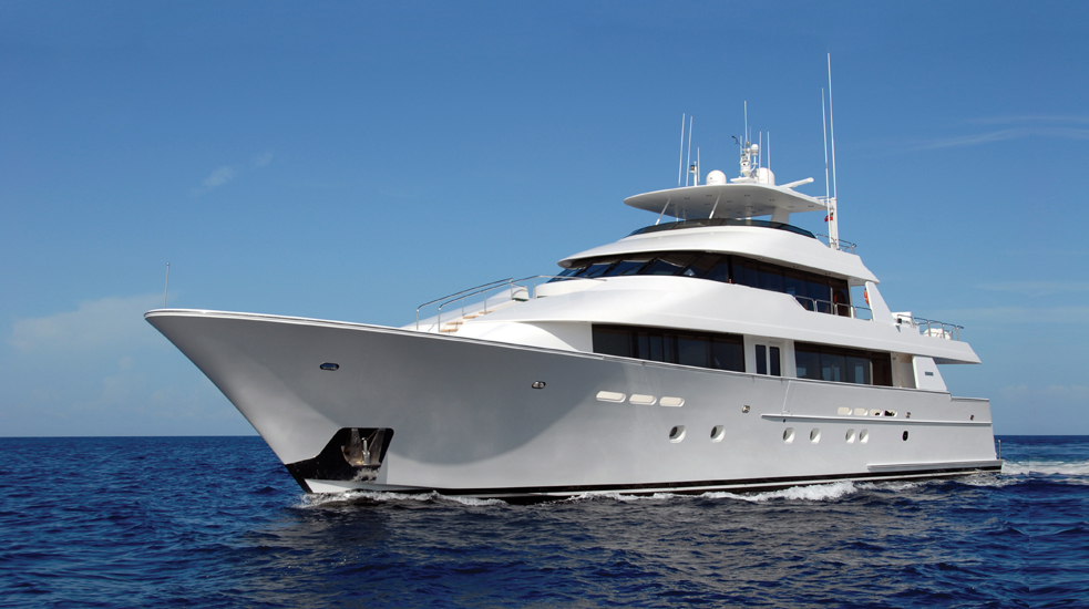100 Foot Yacht 007y 1 View Of Luxury
