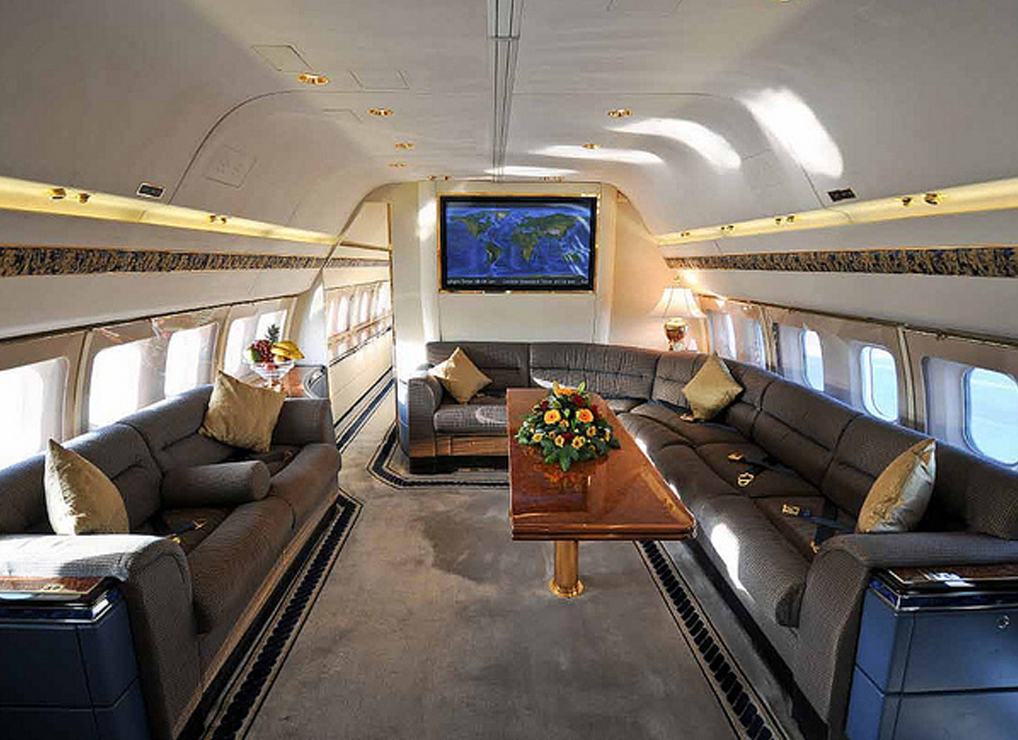 Jets View Of Luxury