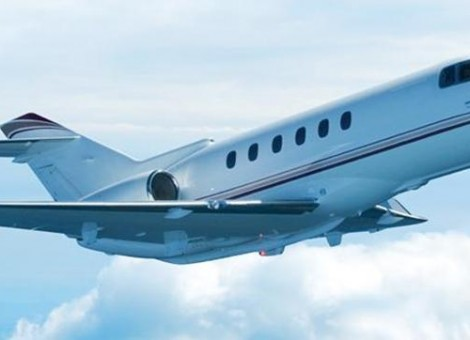 medium-jet-chartering-miami-hawker-900xp-lr